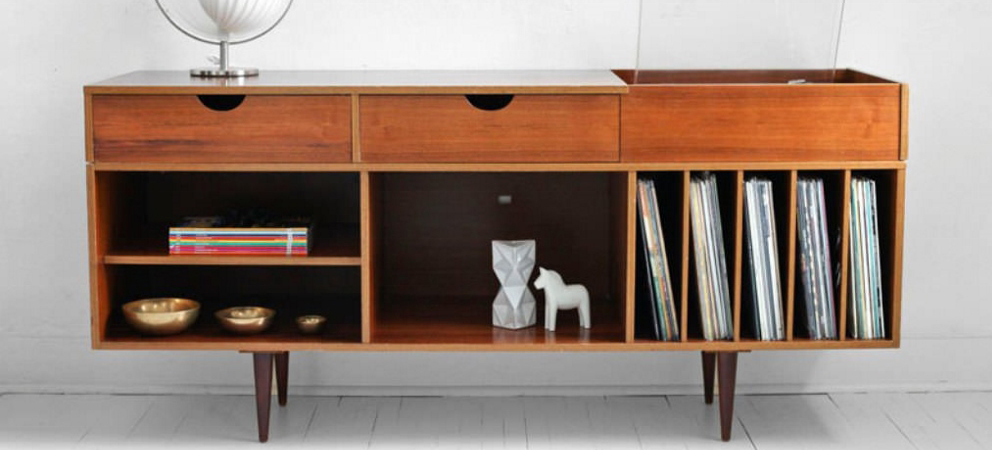 5 Reasons to Invest in Mid-Century Modern Furniture